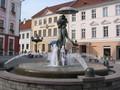 Kissing students, Tartu